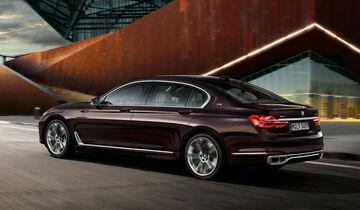 02 2016 BMW M760Li XDrive Excellence