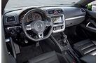 03/11 aumospo06/2011  VW Scirocco 2.0 TSI, Innenraum
