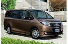 03/2014, Toyota Noah Japan