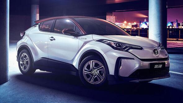 04/2019, Toyota CH-R / Izoa BEV