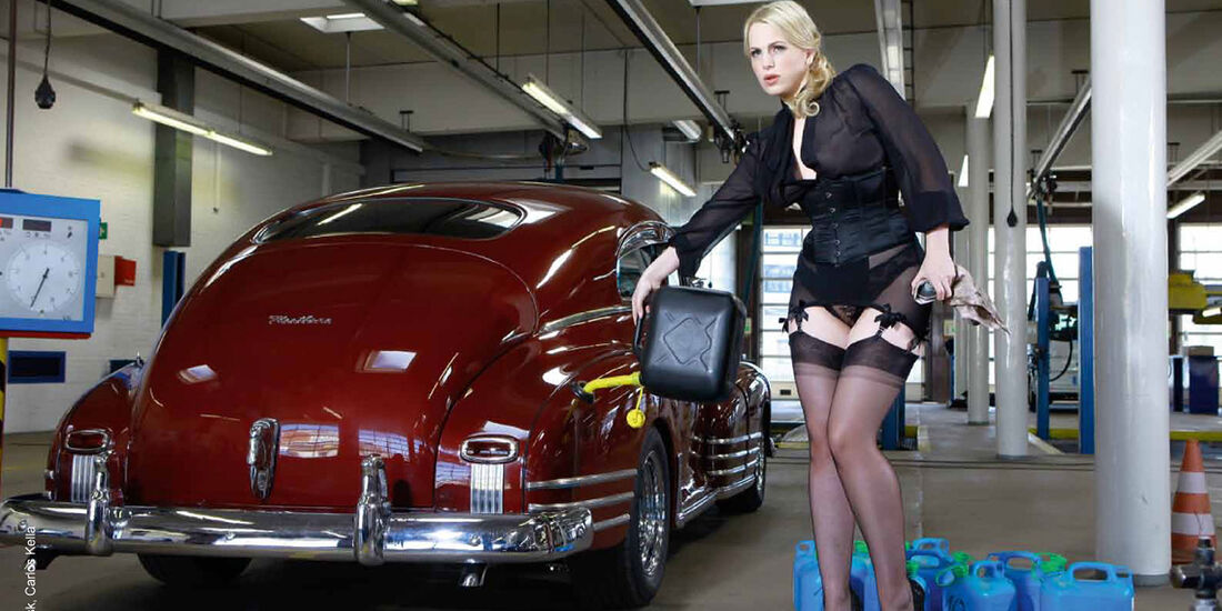 09/2015 GIRLS & LEGENDARY US-CARS Kalender Carlos Kella