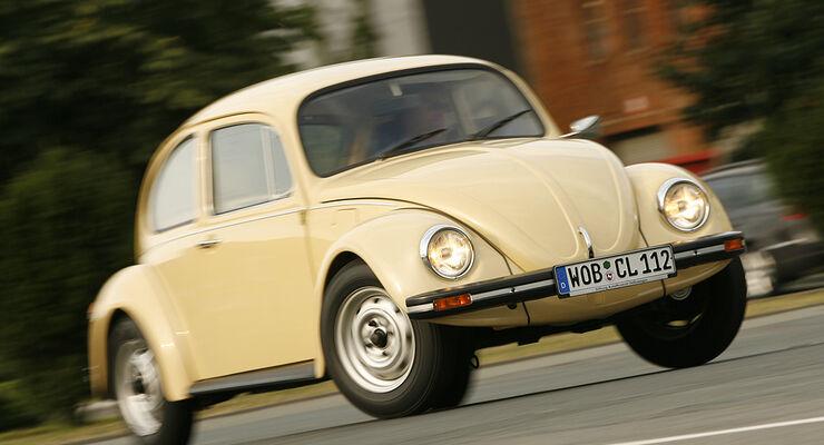 1006_VW Käfer aus drei Jahrzehnten