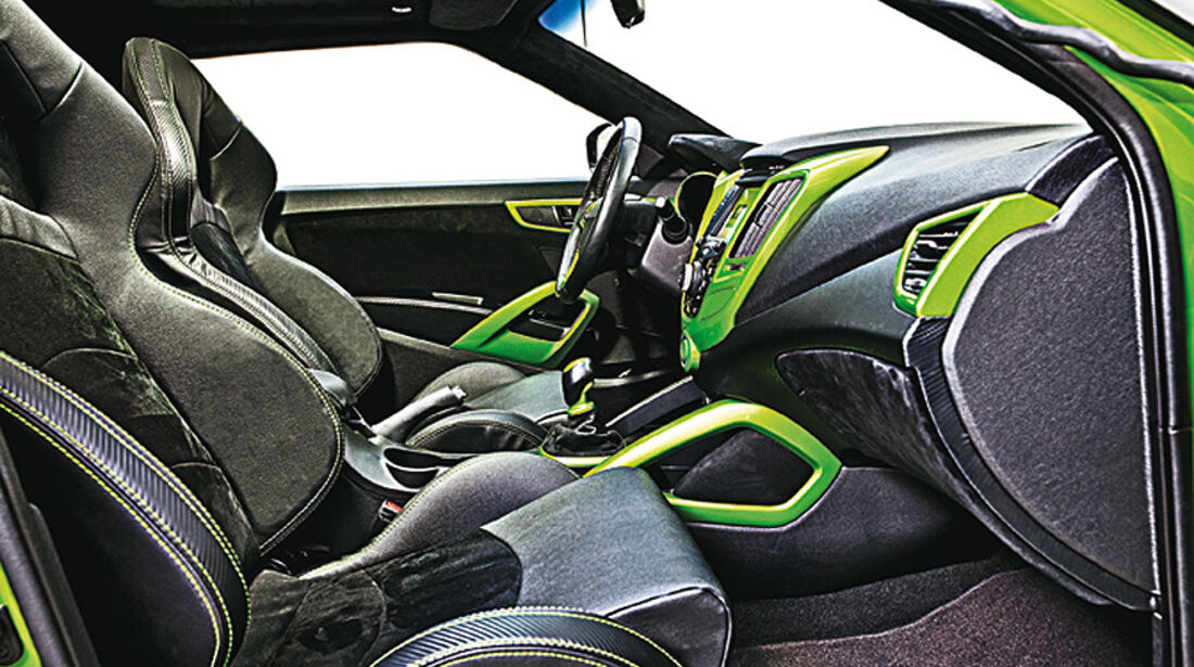 11/2011 SEMA 2011, Hyundai REMIX Veloster Gaming
