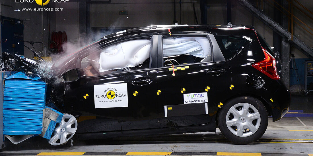 11/2013, EuroNCAP-Crashtest, Nissan Note