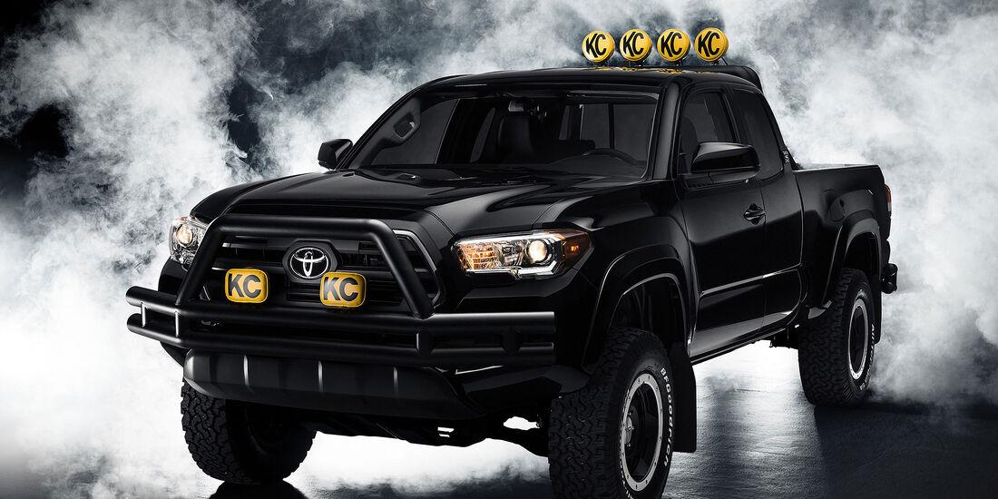 11/2015 Toyota auf der Sema 2015 Toyota Tacoma Back to the Future