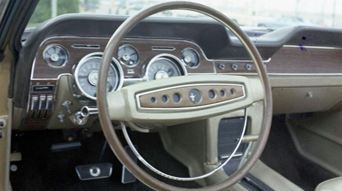 1968 Ford Mustang - Muscle Car - Lenkrad - Innenraum