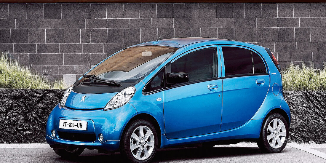 A 17 Peugeot iOn