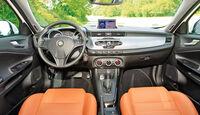 Alfa Giulietta 2.0 JTDM TCT, Cockpit