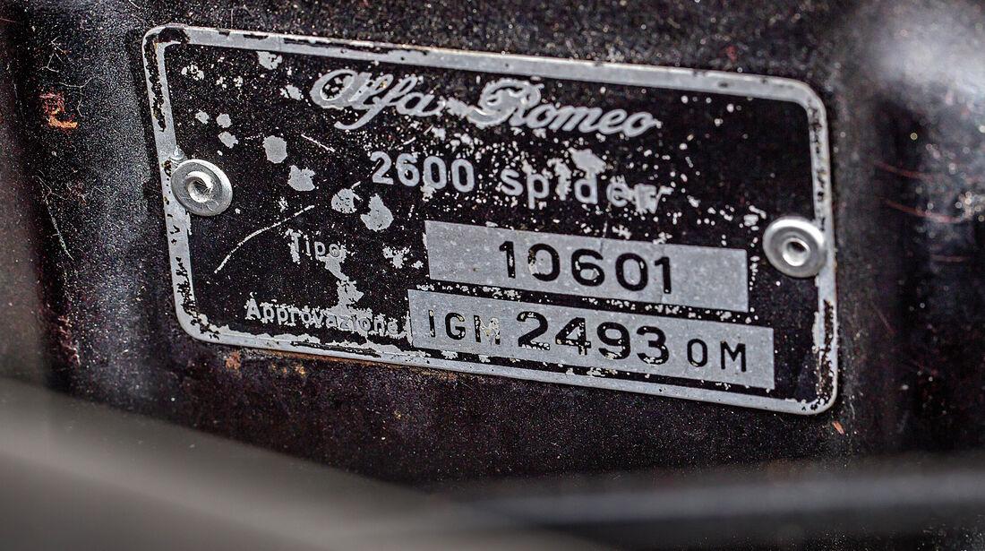 Alfa Romeo 2600 Spider, Plakette