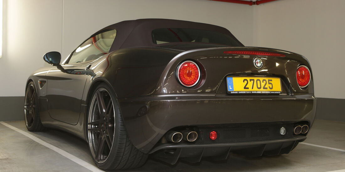 Alfa Romeo 8C Cabrio - Garage Gerard Lopez 2013