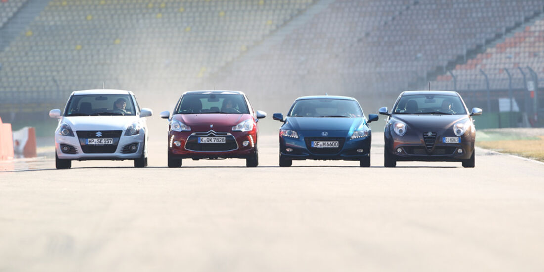 Alfa Romeo Mito 1.4 TB 16V Super, Citroën DS3 THP 155 Sport Chic, Honda CR-Z Sport, Suzuki Swift 1.6 Sport, Frontansicht
