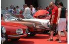 Alfa Romeo Oldtimer auf rotem Teppich