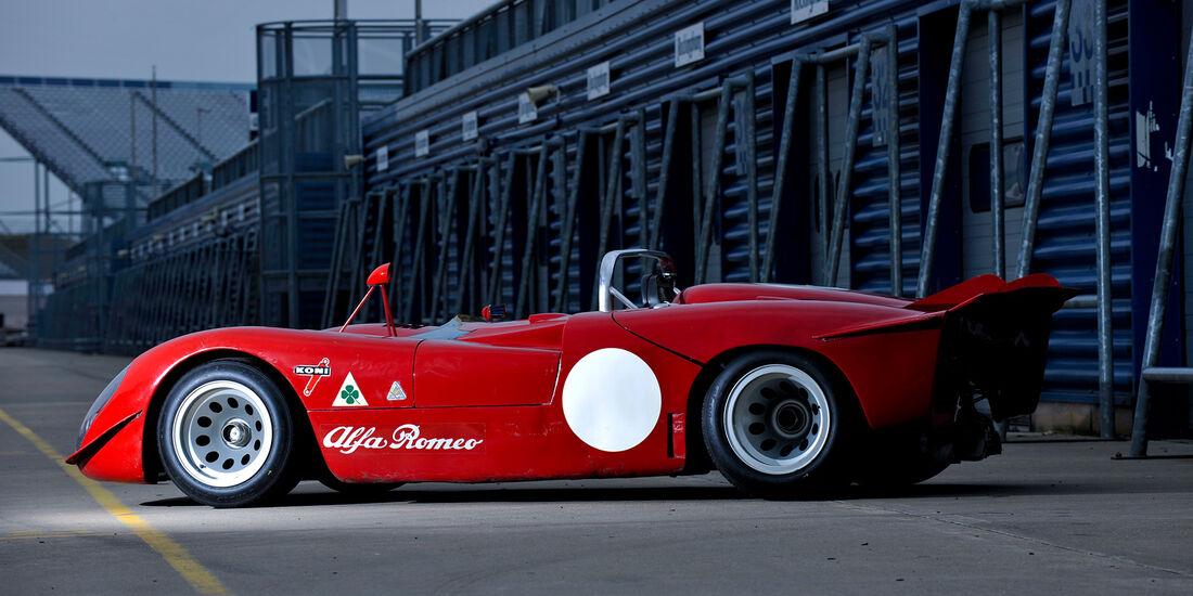 Alfa Romeo T33/3, Box, Seite