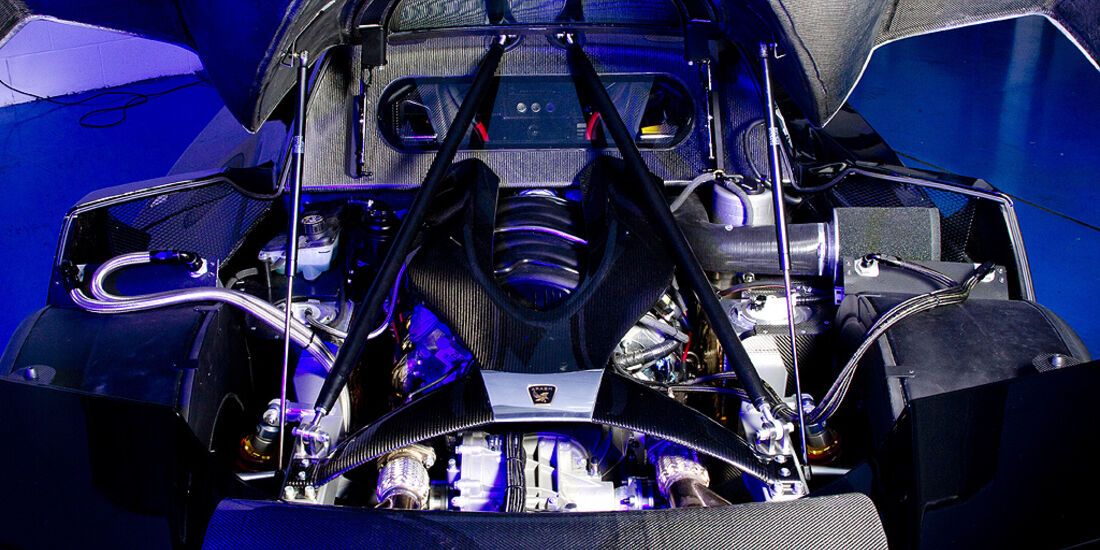 Arash AF-10, Supersportwagen, Motor
