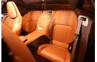 Aston Martin DB11, Fondsitze