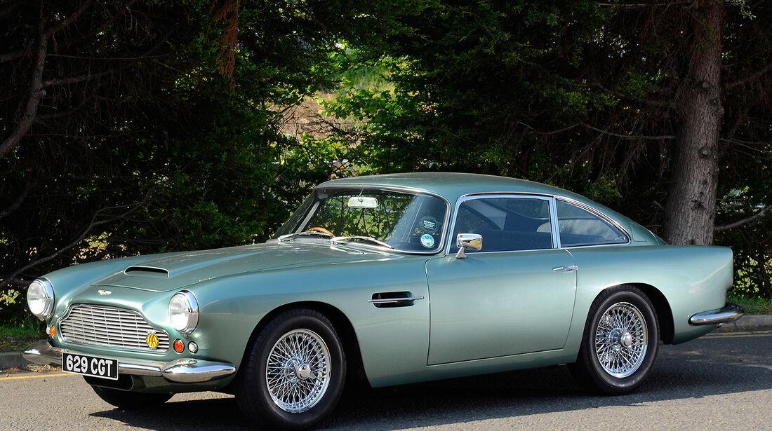 Aston Martin DB4 Series IV Sports Saloon