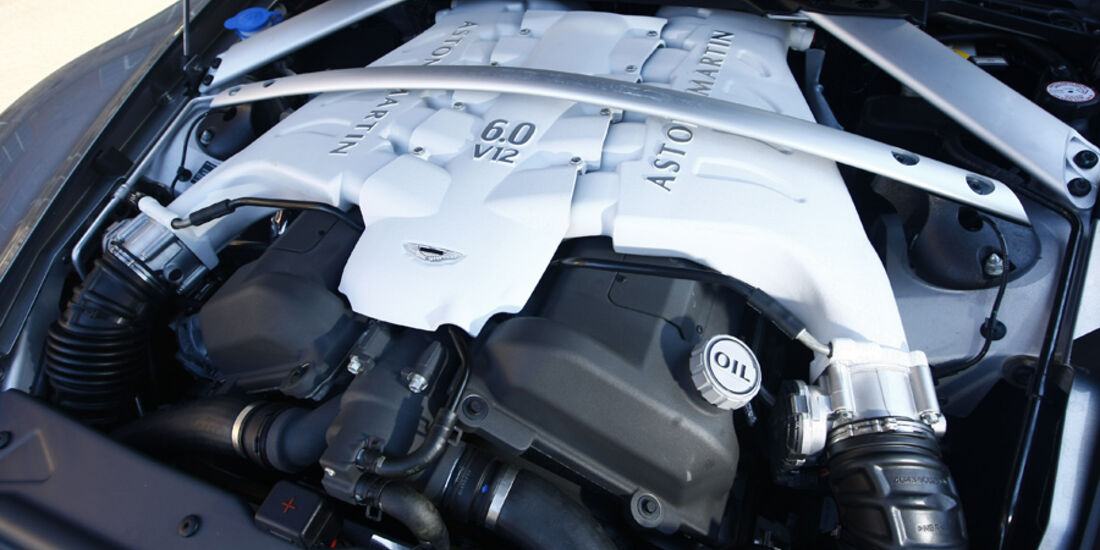 Aston Martin DBS Volante, Motor