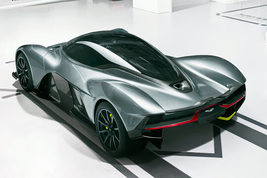 Aston Martin RB AM 004