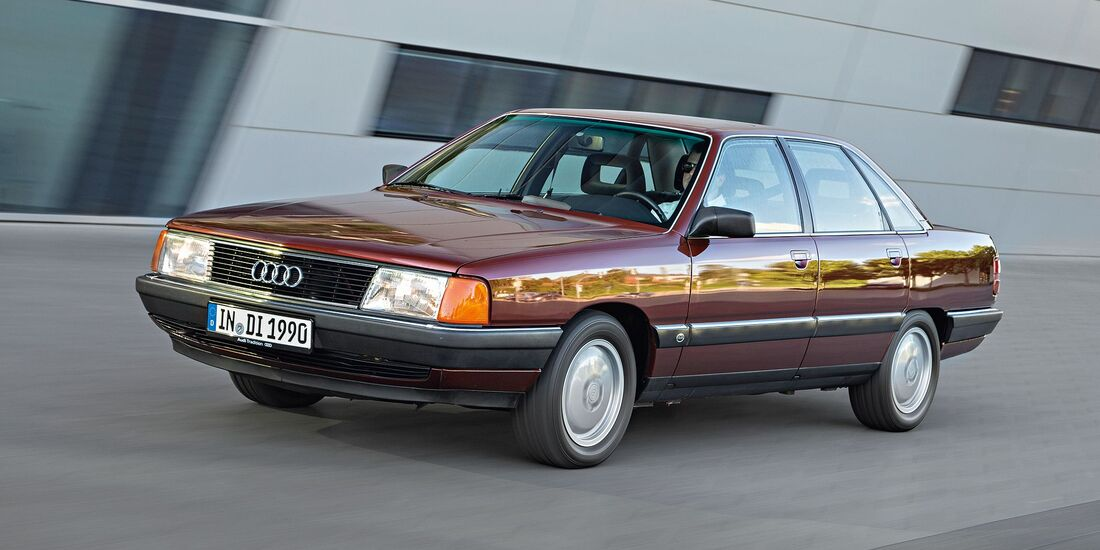 Audi 100 Typ 44 Front