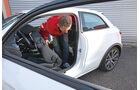 Audi A1 1.0 TFSI, Fondsitz, Aussteigen