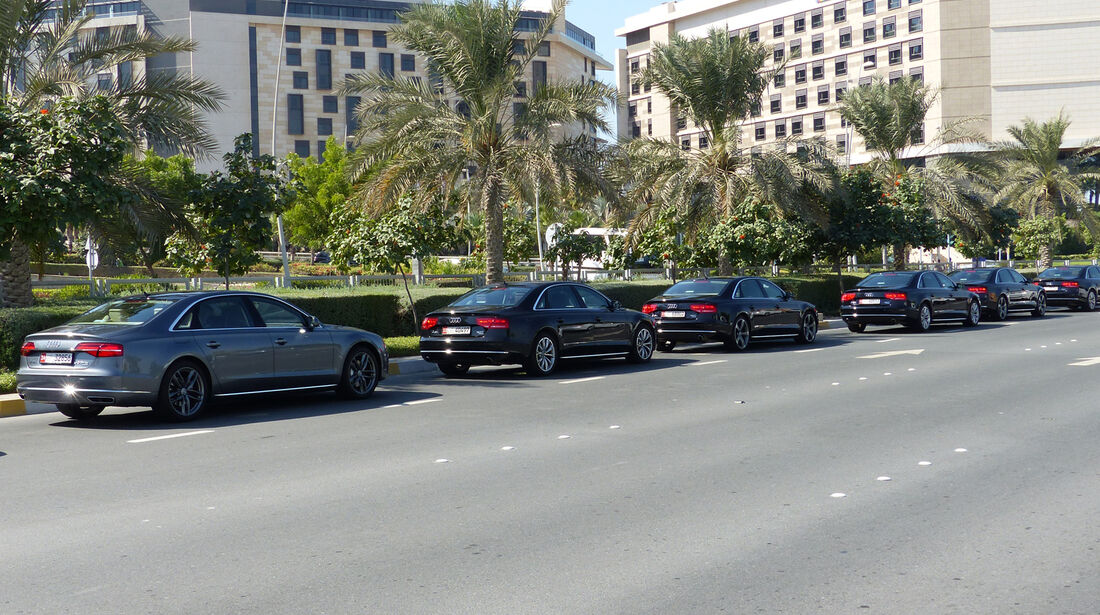 Audi A8L - F1 Abu Dhabi 2014 - Carspotting