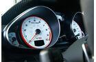 Audi R8 GT, Rundinstrument