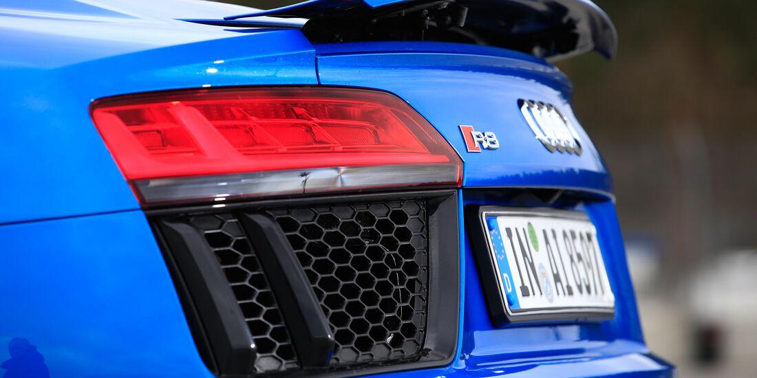 Audi R8 V10, Audi R8 5.2 FSI Quattro, Spoiler