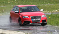 Audi RS3 Sportback, Teststrecke, Front, nasse Straße