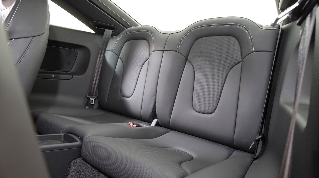 Audi TT RS Plus, Fondsitz