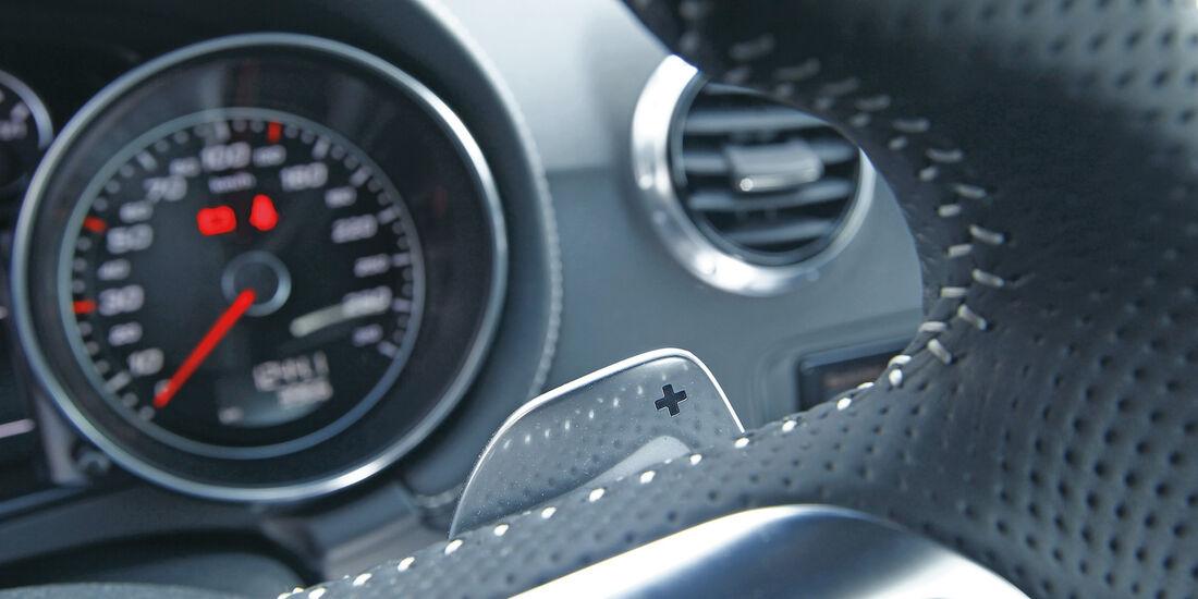 Audi TT RS, Rundinstrument