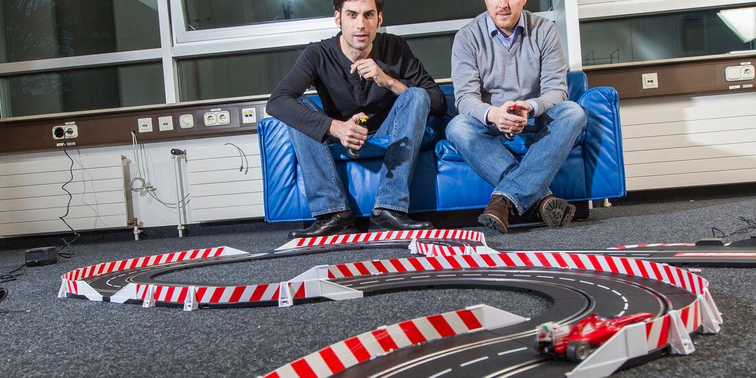 Autorennbahn, Spiel, Rennen