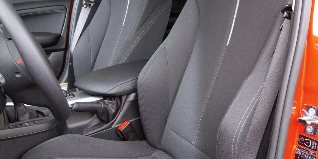 BMW 116d, Fahrersitz, Vordersitze