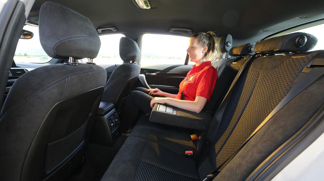 BMW 120i AUT, Interieur