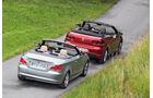 BMW 120i Cabrio, VW Golf Cabrio 1.4 TSI, Seitenansicht, Dach offen, Heck