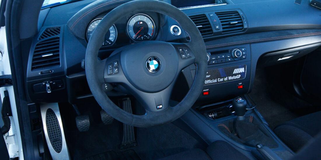BMW 1er M Coupé, Cockpit