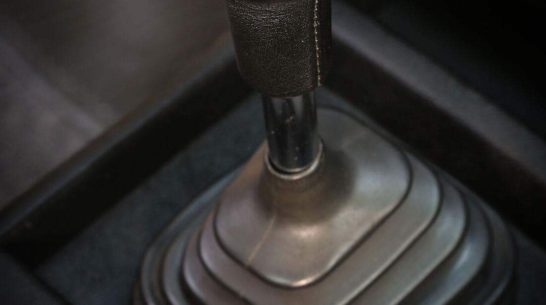 BMW-2002-tii-Interieur