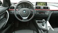 BMW 320d Touring Sport Line, Cockpit, Lenkrad