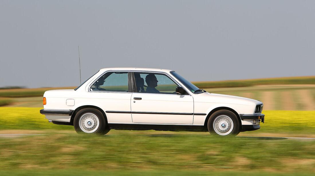 BMW-325e-Seite