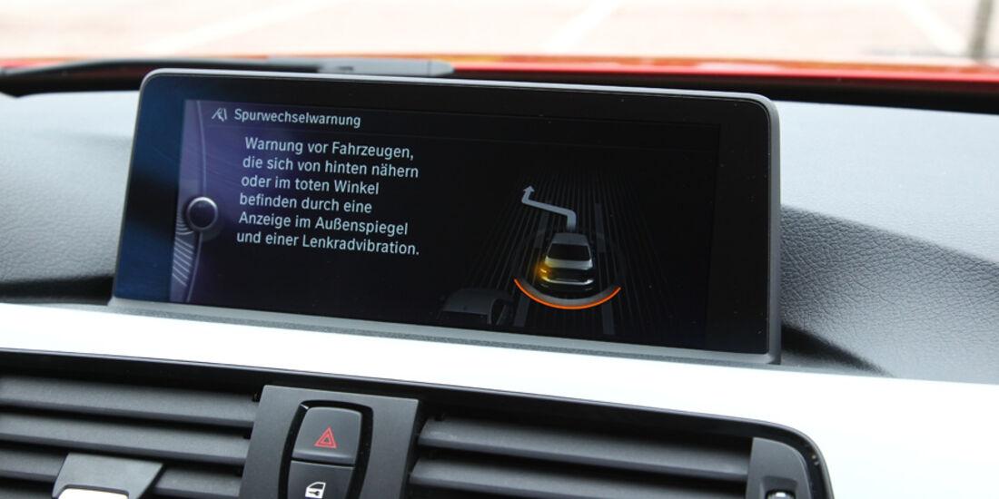 BMW 328i, Spurwechselassistent