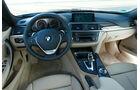 BMW 335i x-Drive Luxury Line, Cockpit, Lenkrad