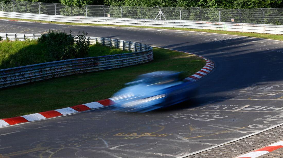 BMW M3, Kurvenfahrt