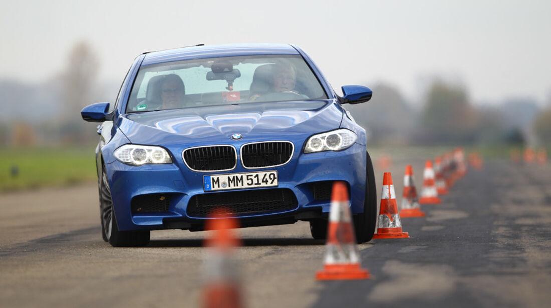 BMW M5, Front, Slalom