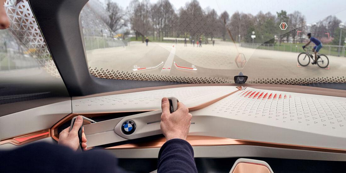 BMW Vision Next - Studie - Lenkrad - Innenraum