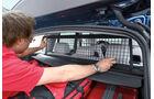 BMW X3 x-Drive 30d, Kofferraum, Gitter