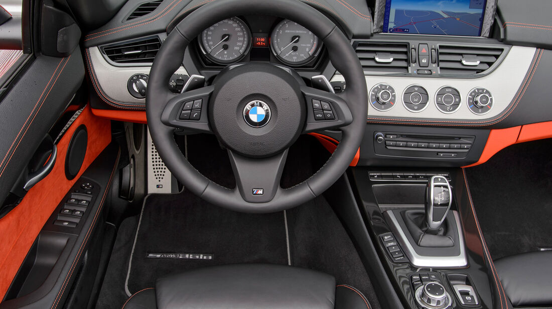 BMW Z4 s-Drive 35is, Cockpit, Lenkrad