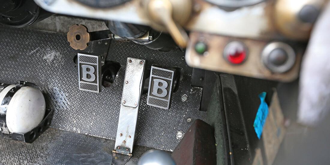 Bentley 4,5 Litre Blower, Pedalerie