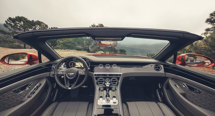 Bentley Continental GTC 2019, Innenraum, Cockpit