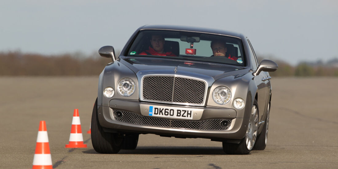 Bentley Mulsanne, Fahrt, Frontansicht, Teststrecke