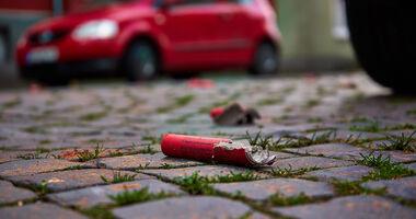 Böller, Rakete, Feuerwerk, Auto, Versicherung