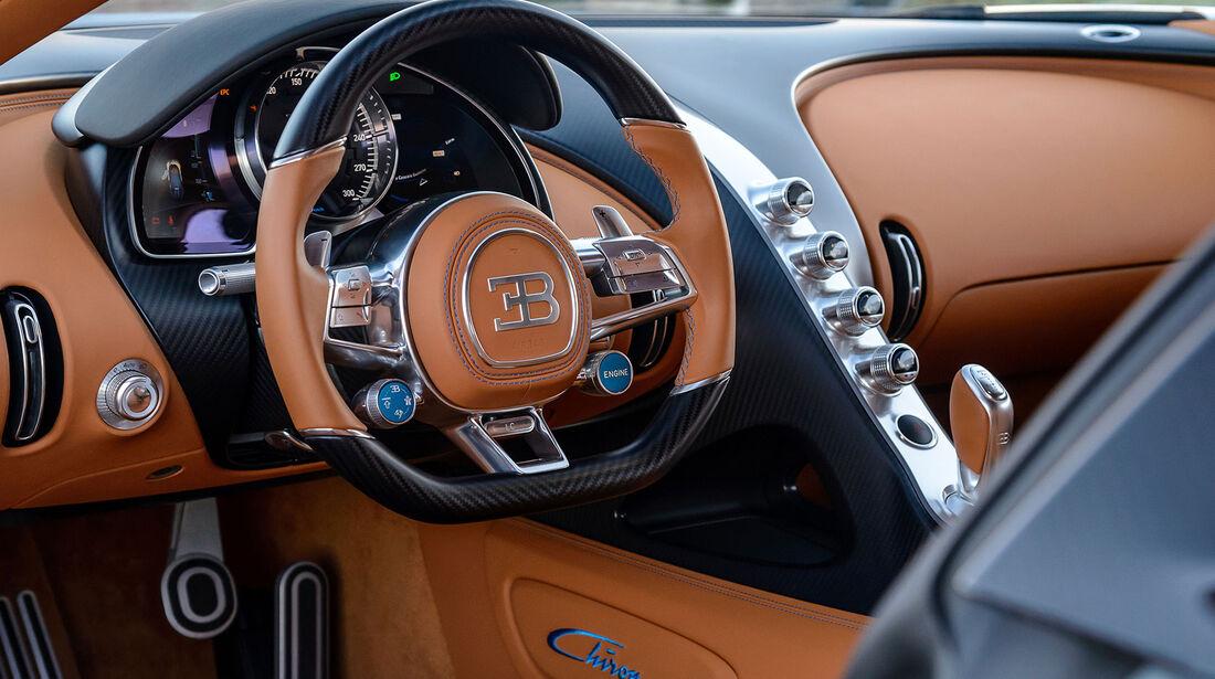 Bugatti Chiron - Sportwagen - Lenkrad - Innenraum